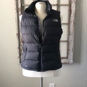 Black North Face 700 vest